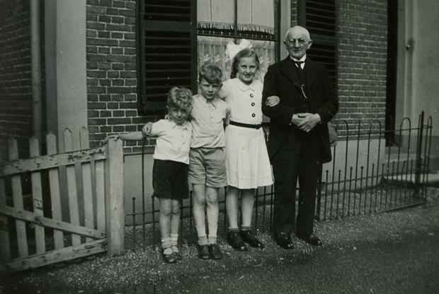 Rudy (midden) met Heiman Leefsma